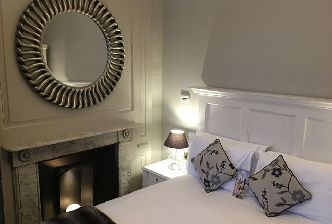 Vanbrugh House Hotel Bedroom