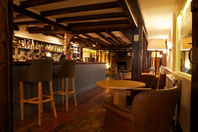 Airmens-Bar-Swan-at-Lavenham