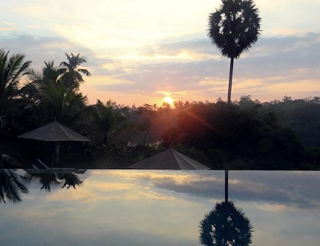 Tri pool sunrise sunset