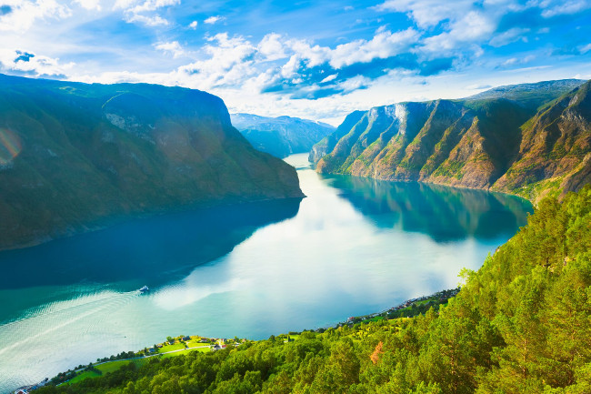 The Ultra-Luxury No-Fly Fjords of Norway