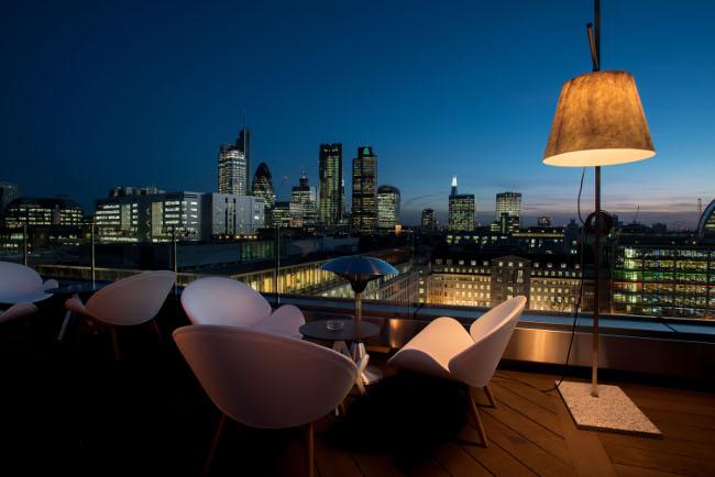 Aviary night terrace