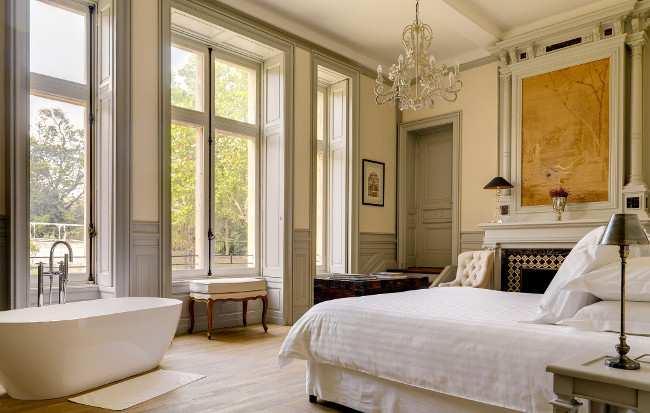 Le Grand Salon Master Bedroom