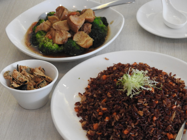 food in singapore