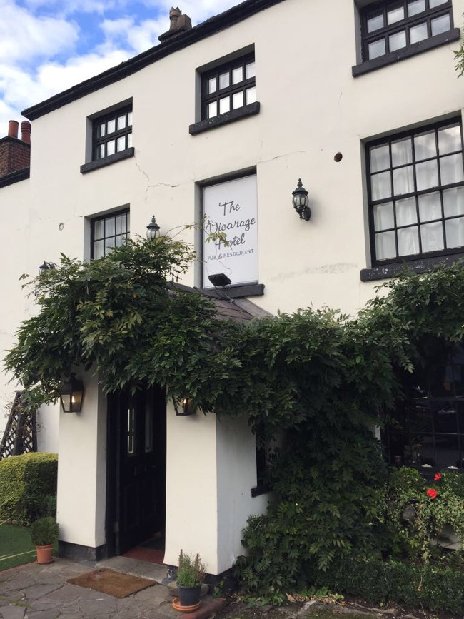 Hotel Review: The Vicarage Freehouse & Rooms, Cranage in Cheshire