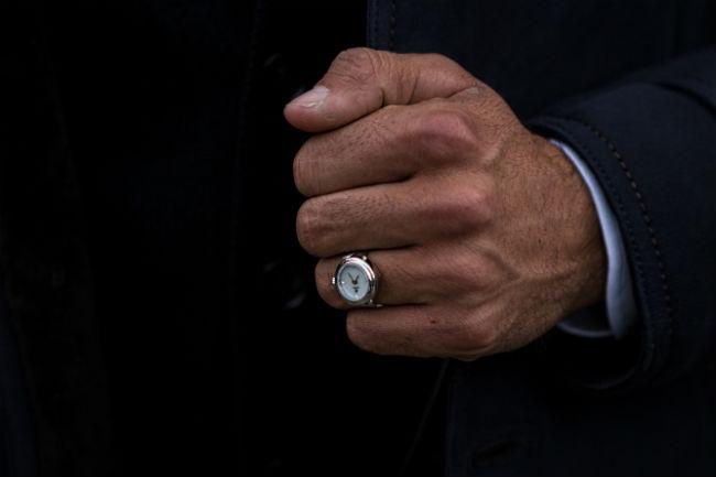 De-Caron-ring-watch