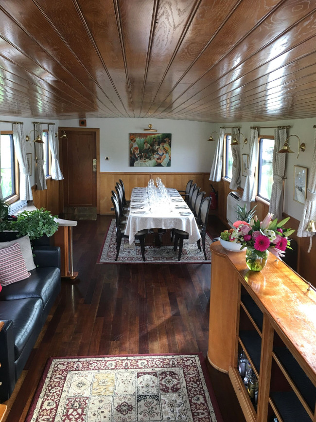 luxury hotel barge L'Impressionniste