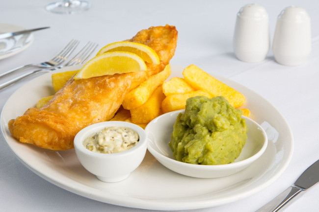MoorlandGardenHotel_Fishchips Tony Cobley_preview