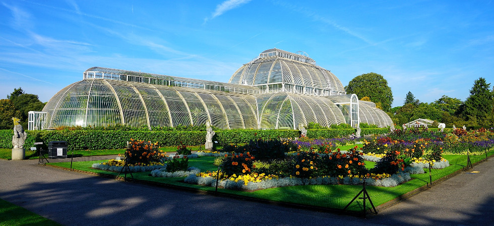 The famous london gardens you have to visit in 2018 luxury the famous london gardens you have to visit in 2018 luxury lifestyle magazine sisterspd