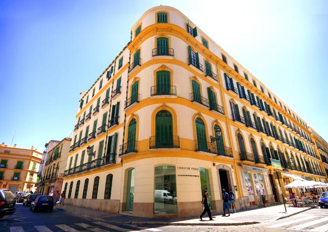 Malaga-CLC-World-Picasso-foundation-copyright klublu -Shutterstock.com