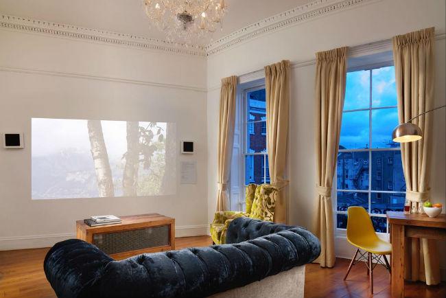 Berkeley-Suites-living-area