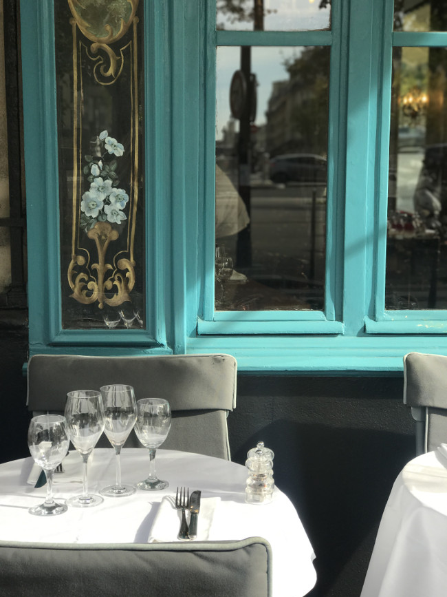 Chez Julien is quintessentially Parisian