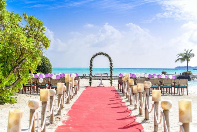 beach-wedding-luxury