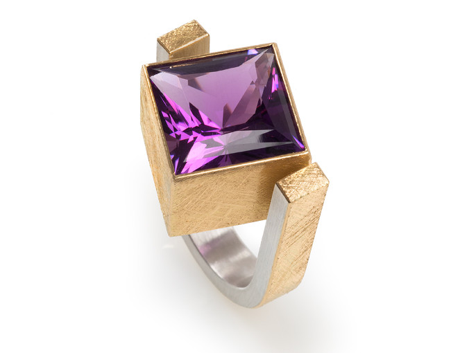 22ct Gold and Silver Ring with Amethyst Square