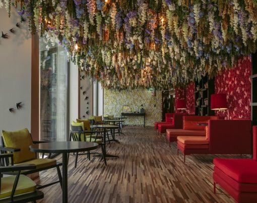 Flower-Room-Hotel-Torel-Avantgarde