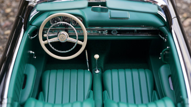 Why The Classic Car Market Is Melting Down Luxury Lifestyle Magazine