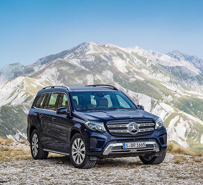 04_Mercedes-Benz-Vehicles-GLS-SUV-2015-offroad-660x602-660x602