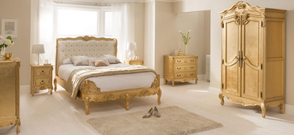 A luxurious French bedroom fit for a queen | Luxury ...