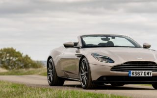 Aston_Martin_DB11_Volante