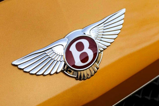 Bentley-Continental-GT-V8-S-badge-1024x683-compressor