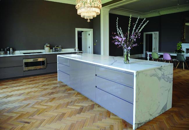 Statuary Marble Kitchen Island & Tops (6)