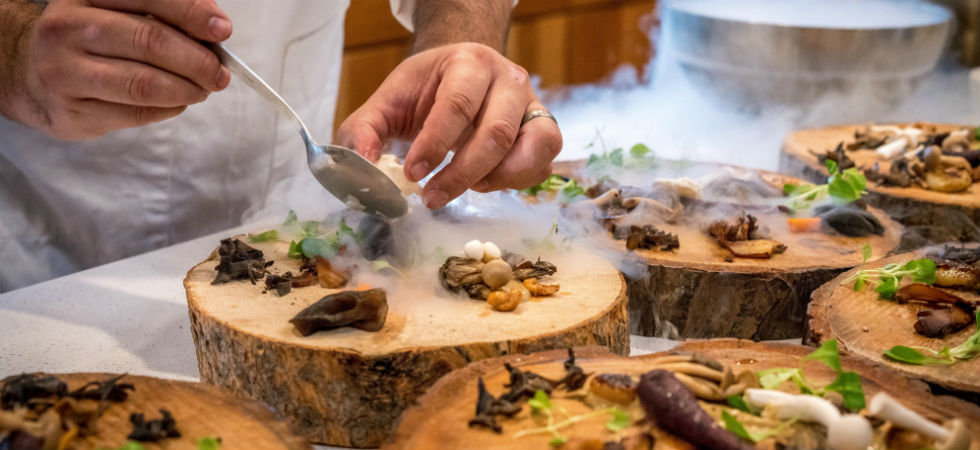 chef-serving-mushrooms