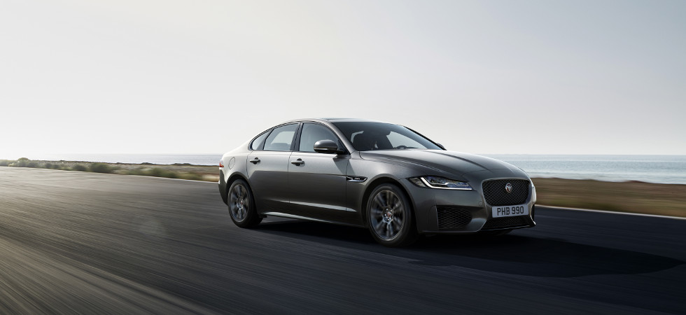 Jaguar unveils XF Chequered Flag special editions