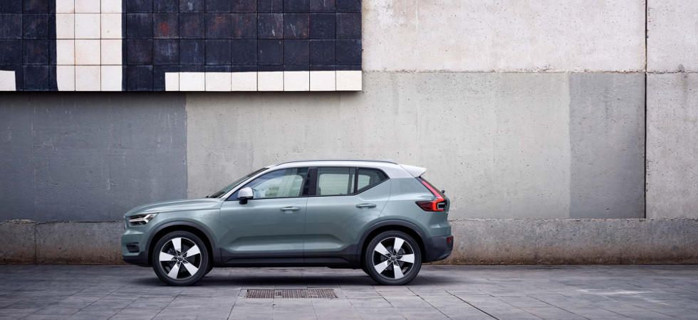 Test Drive Steven Berry Reviews The Volvo Xc40 R Design D4 Awd Auto