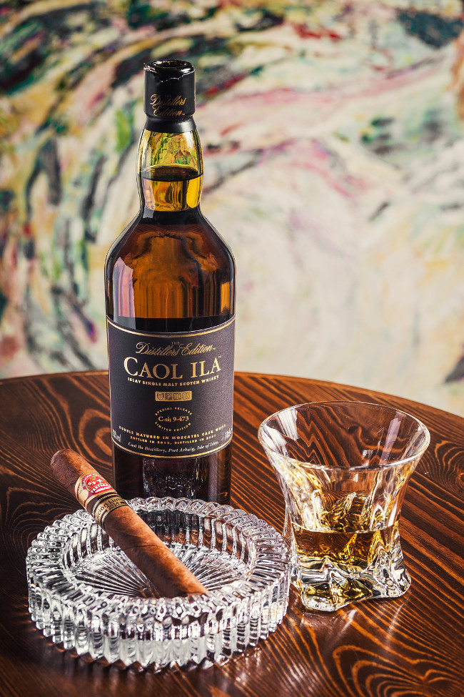 How to pair cigars and whiskey like a pro