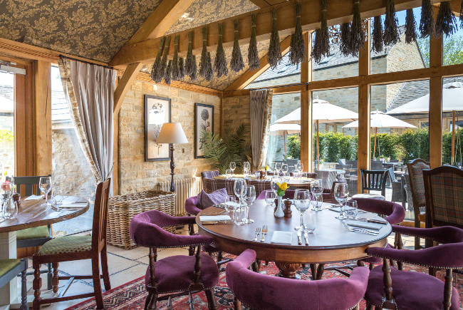 Hotel Review: The Lion at Wendlebury, Bicester in Oxfordshire