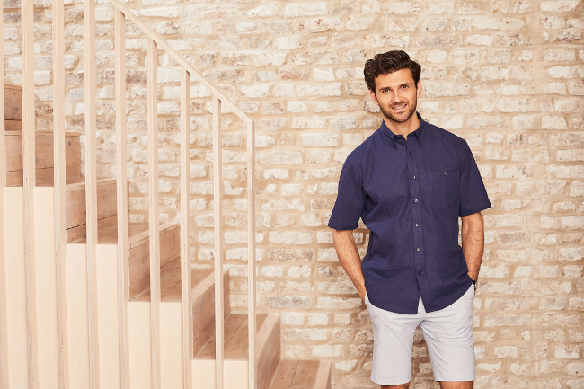 How to dress smart this summer