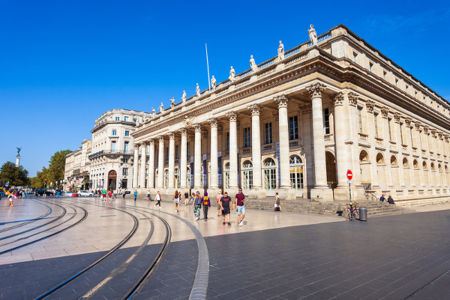 How to enjoy a luxury holiday in Bordeaux