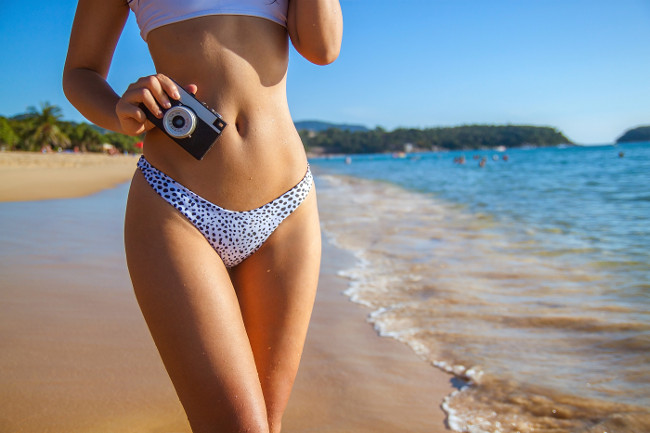 Here is how to get a flawless sunless facial tan in minutes
