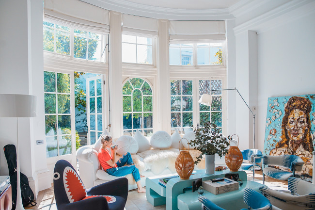 7 modern ideas to update your living room