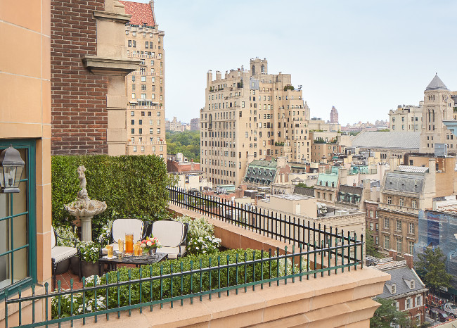 """NYC's fashion hotspot hotel The Lowell launches """" Coco's Haute Couture Afternoon Tea """" for Fashion Week"""