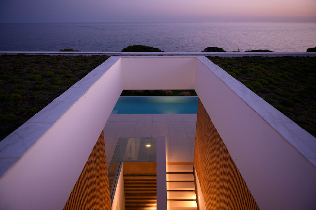 Lux Mare Casa M by Joao Mariano view