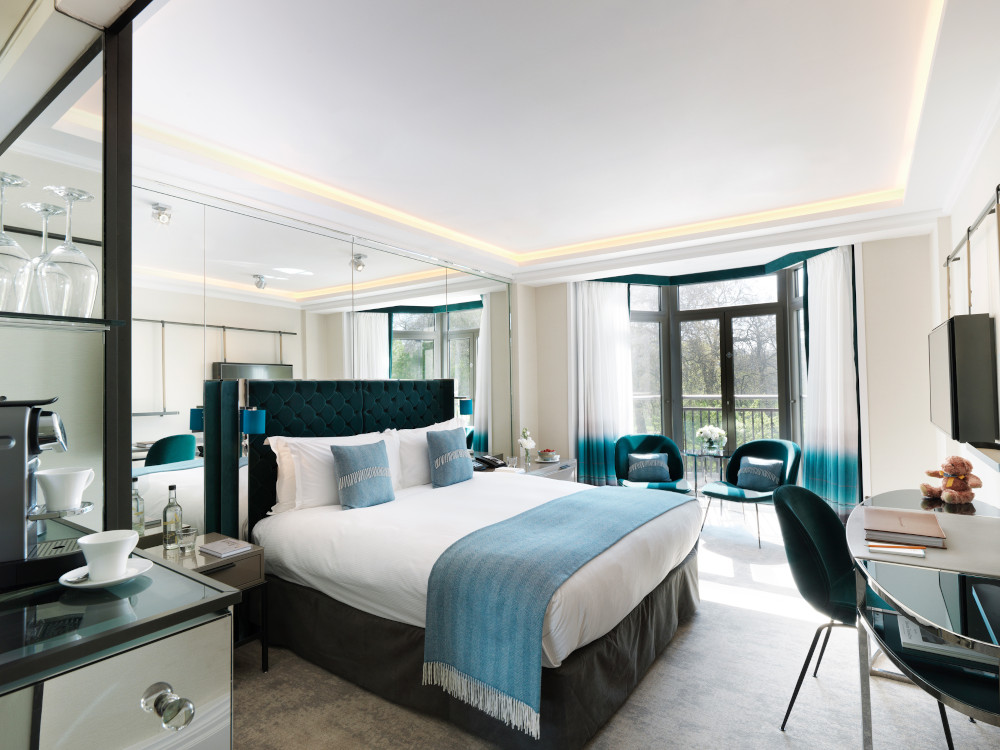 How to transform your bedroom into a luxury 5-star hotel room