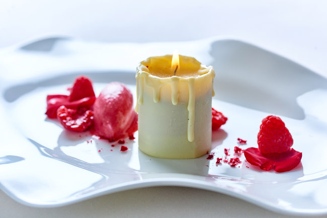 White chocolate candle rose, raspberry sorbet