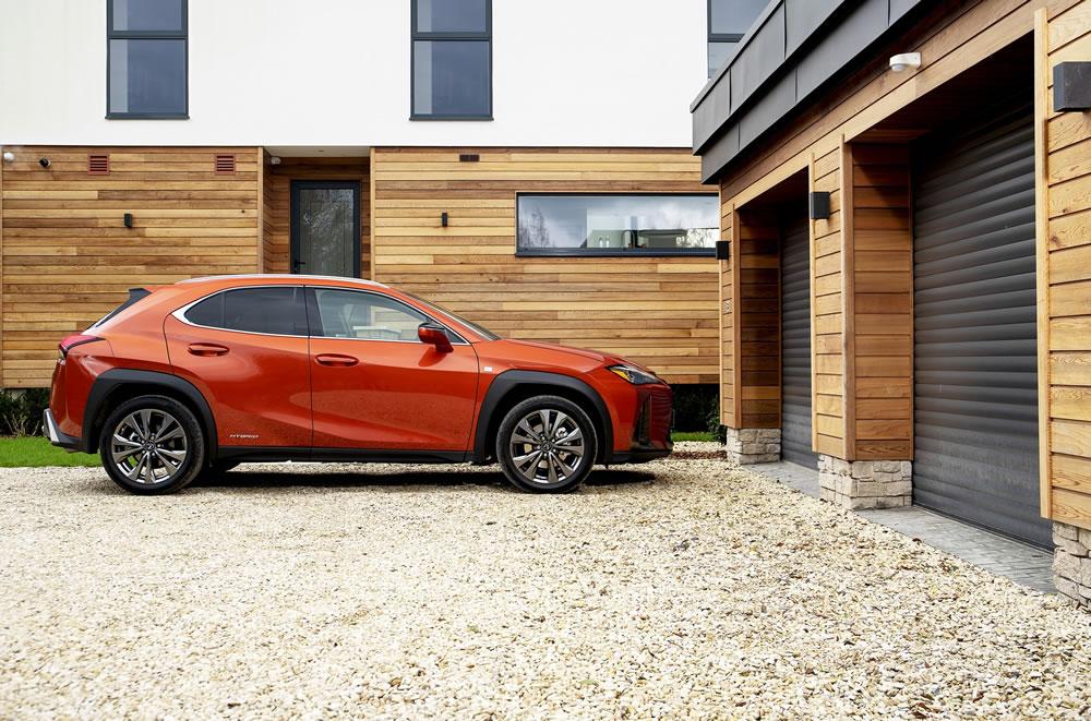 Lexus UX F-Sport (41)