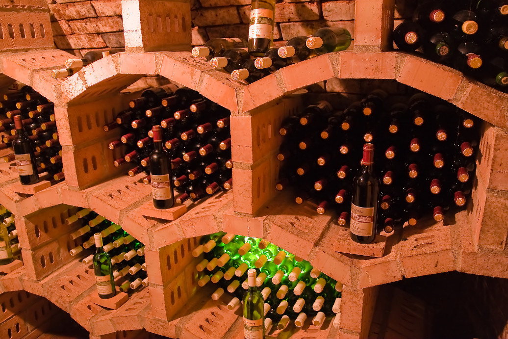 5 expert tips on how to store fine wine