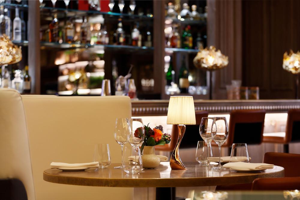 Restaurants & Bars - cover