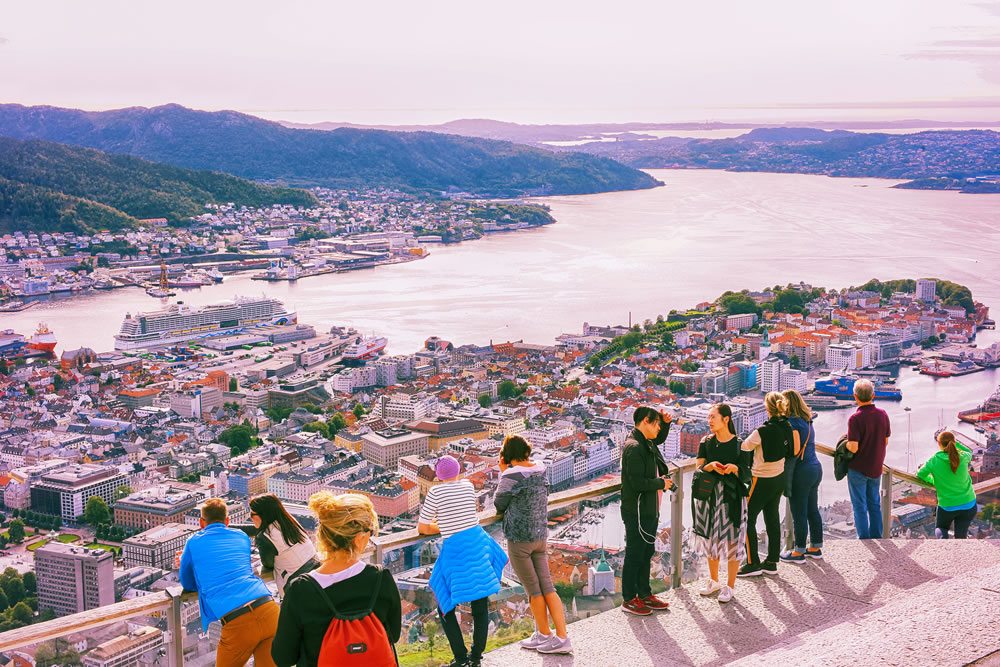 bigstock-Bergen-Norway------Tour-318545281
