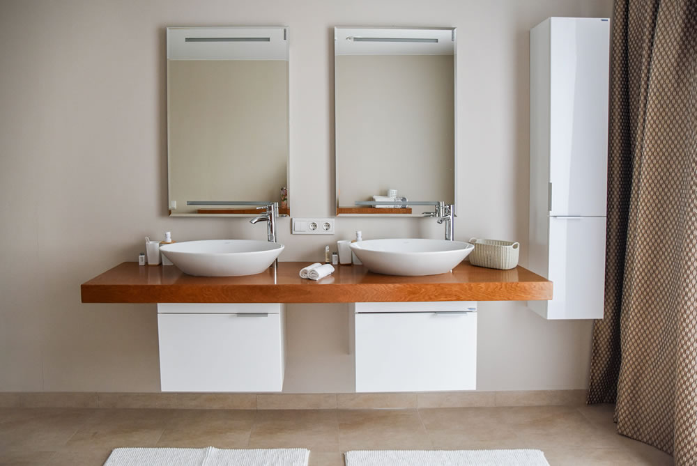 How to take your bathroom from drab to fab in 5 simple steps