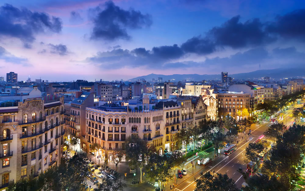 First time in Barcelona: Tips for a luxury 7-night stay