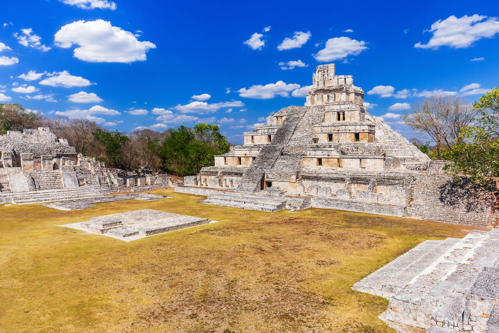 bigstock-Campeche-Mexico-Edzna-Mayan--325686964