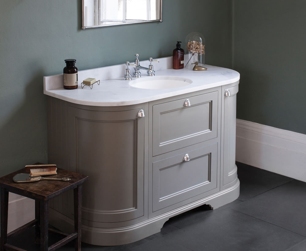 A guide to choosing the right vanity unit for your new luxury bathroom