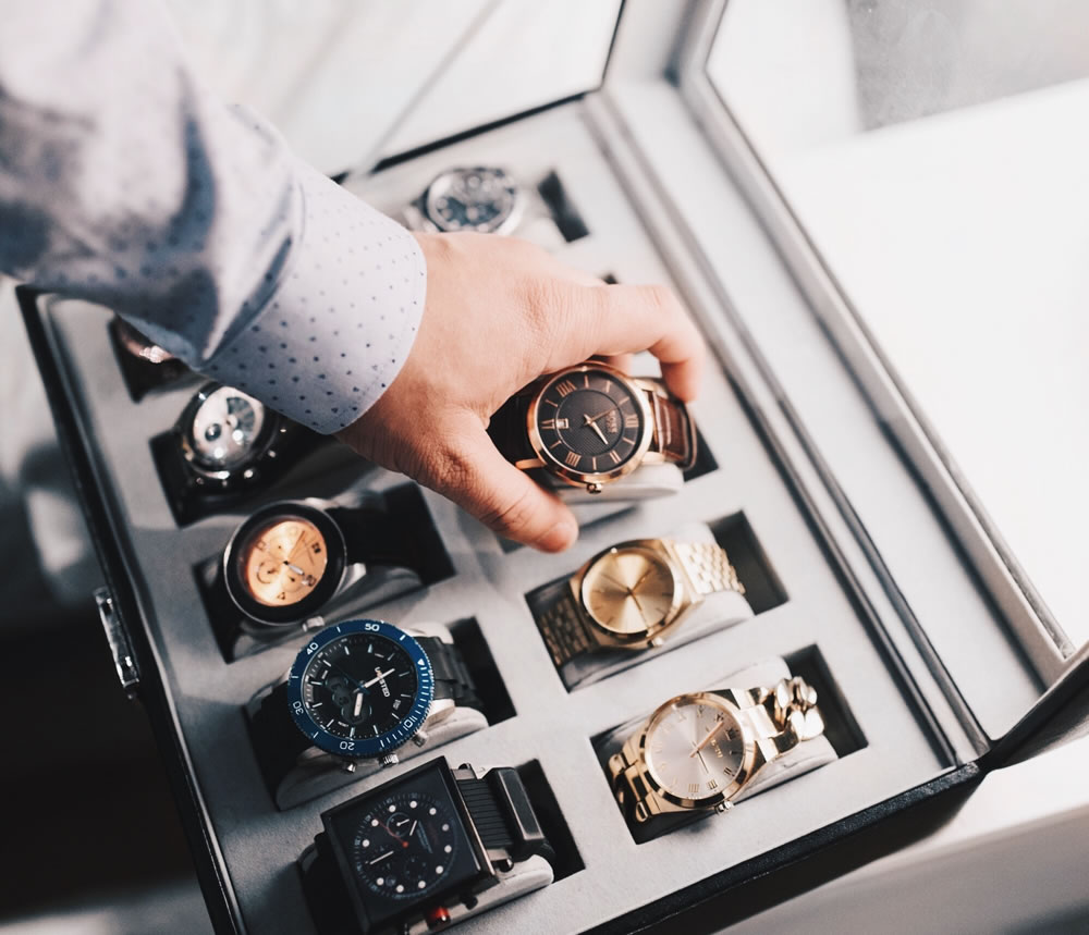 Super A beginner's guide on how to start your very own luxury watch EL-59