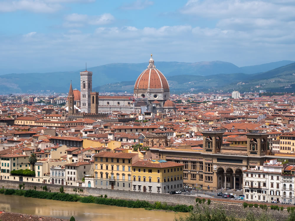 bigstock-Sunlight-View-Of-Florence-Pon-320220421