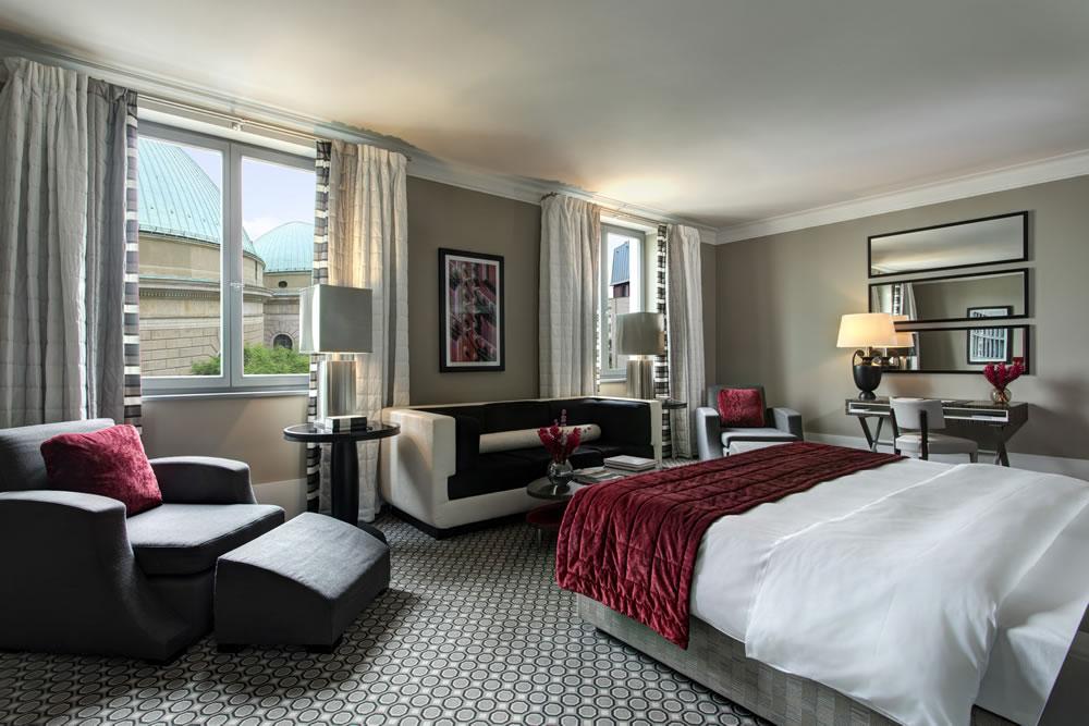 Hotel de Rome Junior Suite