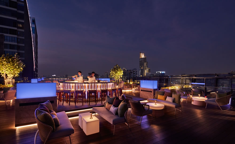 Spectrum Lounge & Bar_31st Floor