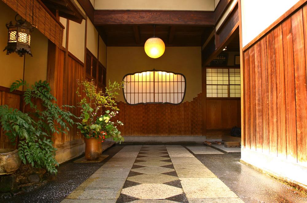 Corridor at Hiiragiya